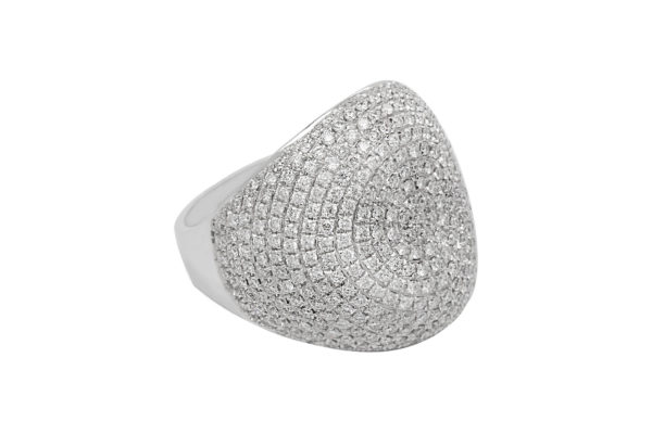 18 ct wg pave diamond coctail ring custom made by kalfin jewellery