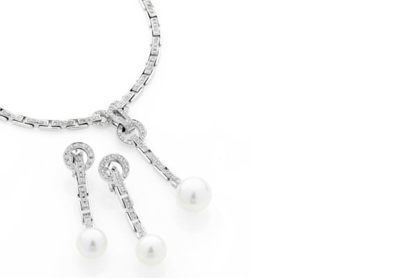 18ct white gold diamond necklace with matching earrings with south sea pearl by kalfin jewellery