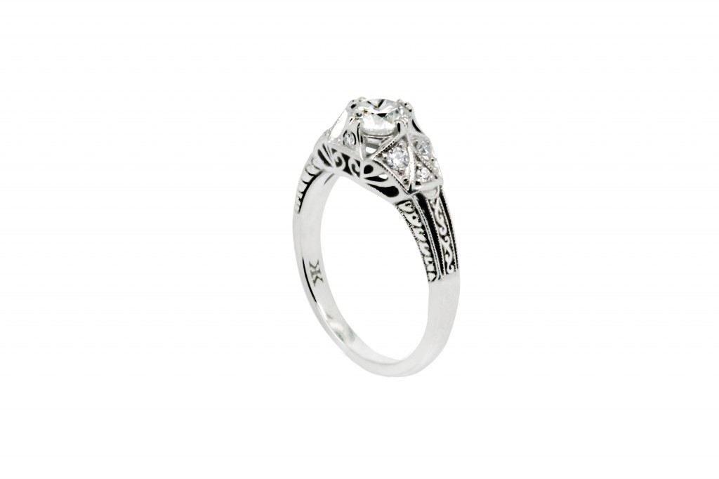 Diamond Antique Proposal Ring