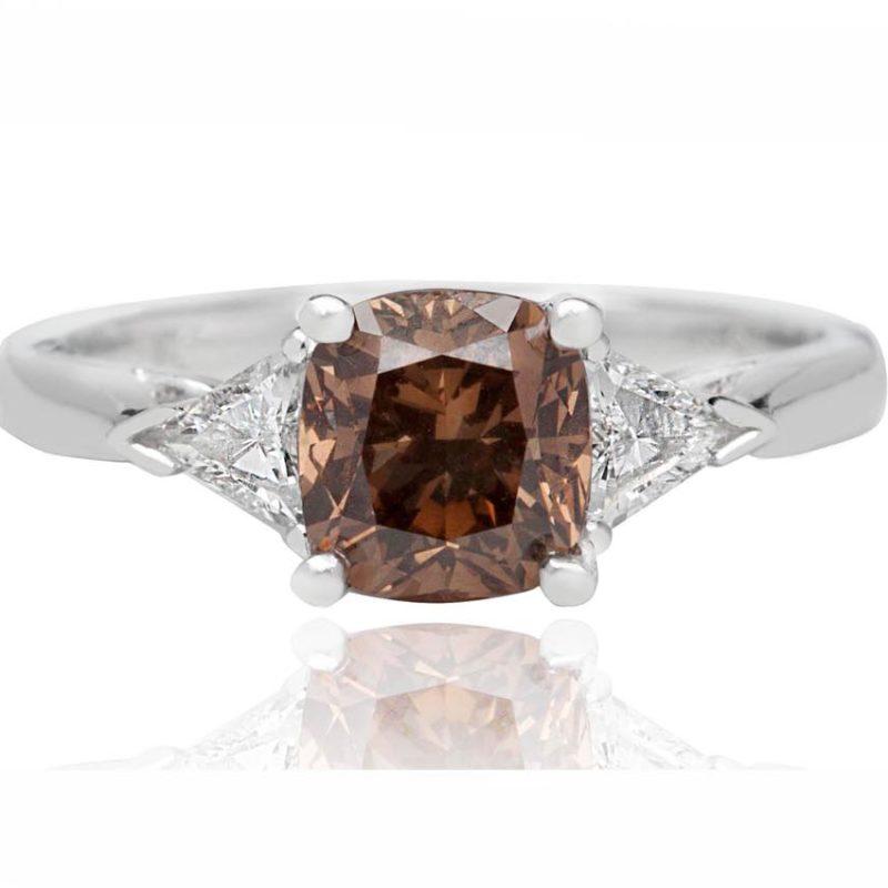 ASIA white gold diamond engagement ring