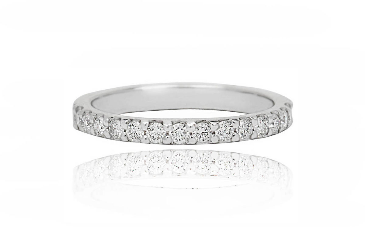 Aine 18ct White Gold Diamond all the way around ring